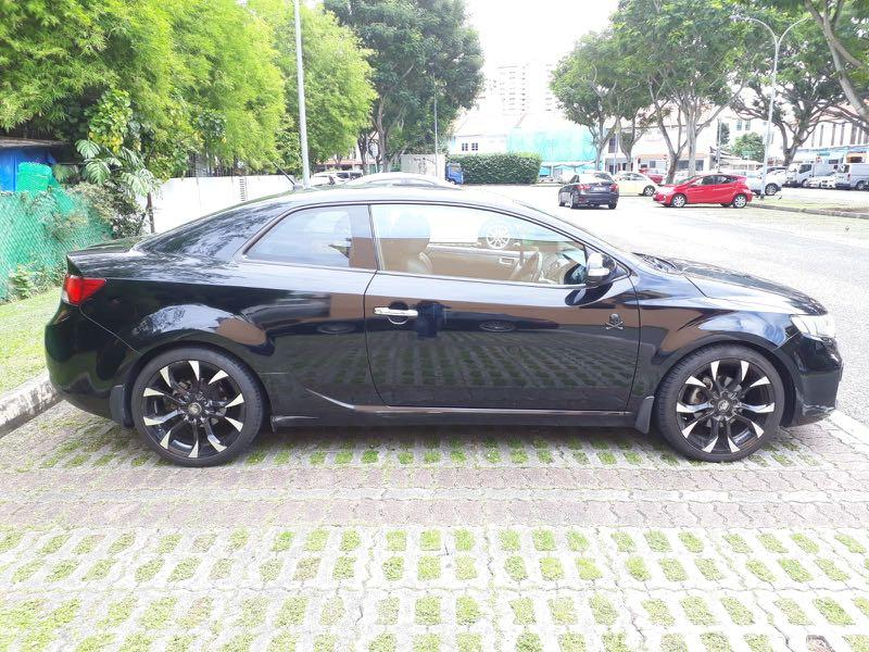 Kia cerato forte 2 door Black color Manual for long term lease