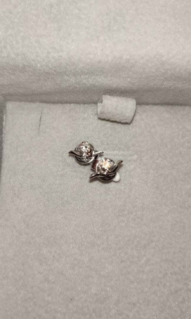 Mabelle 18K鑽石耳環