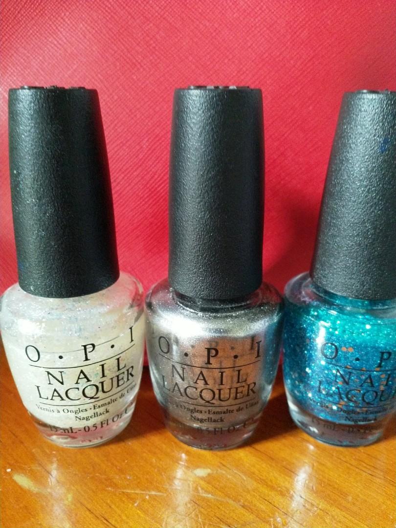 O.P.I nail colour