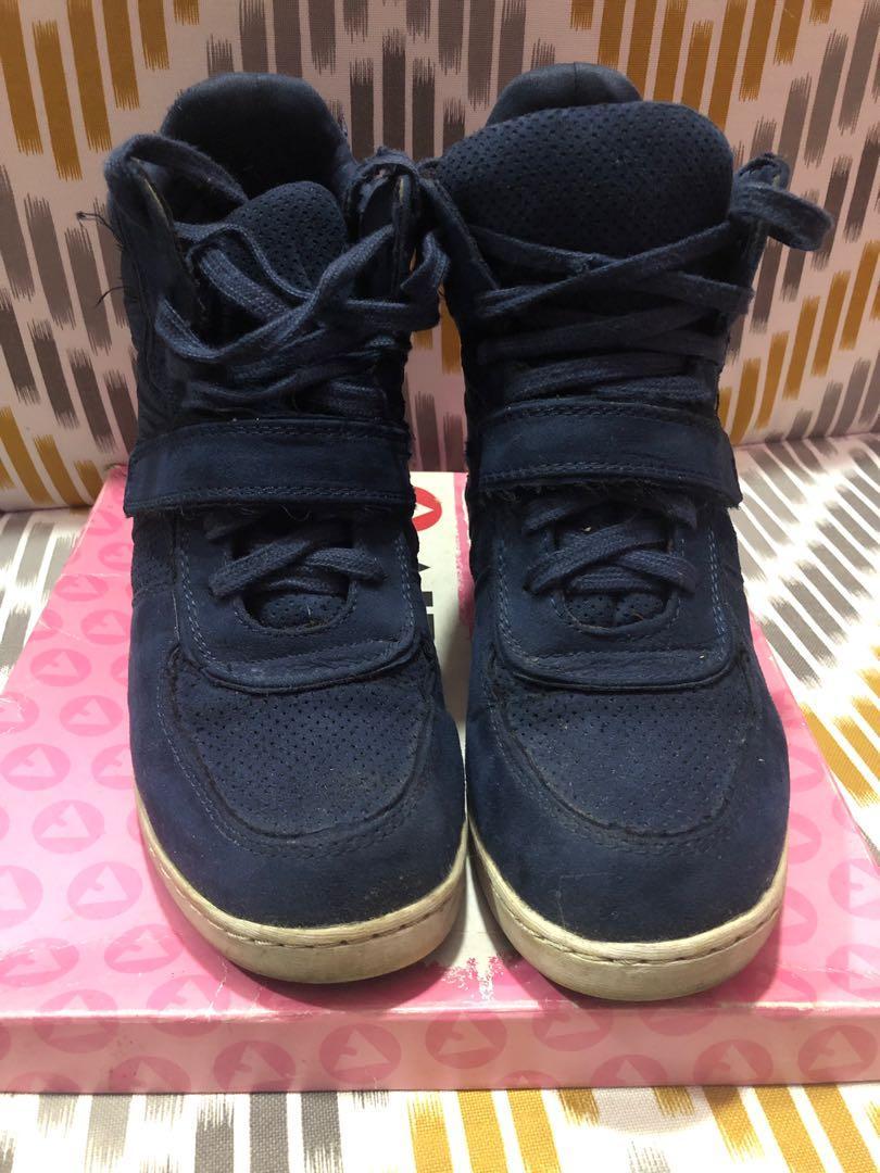 Payless Airwalk Wedge Sneakers, Men's