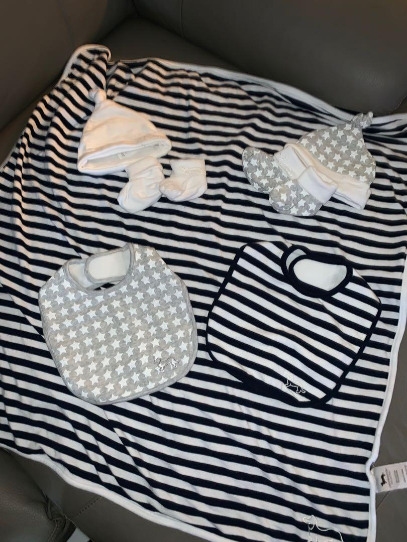 Peter Alexander brand new Bib + bunny double faced blanket + beanie and boot seat x2