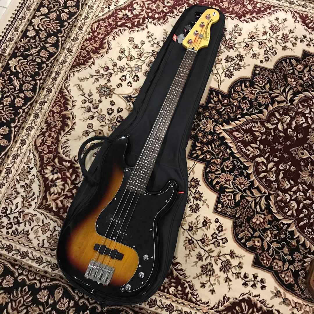 Squier Vintage Modified Precision Bass 3-Tone Sunburst