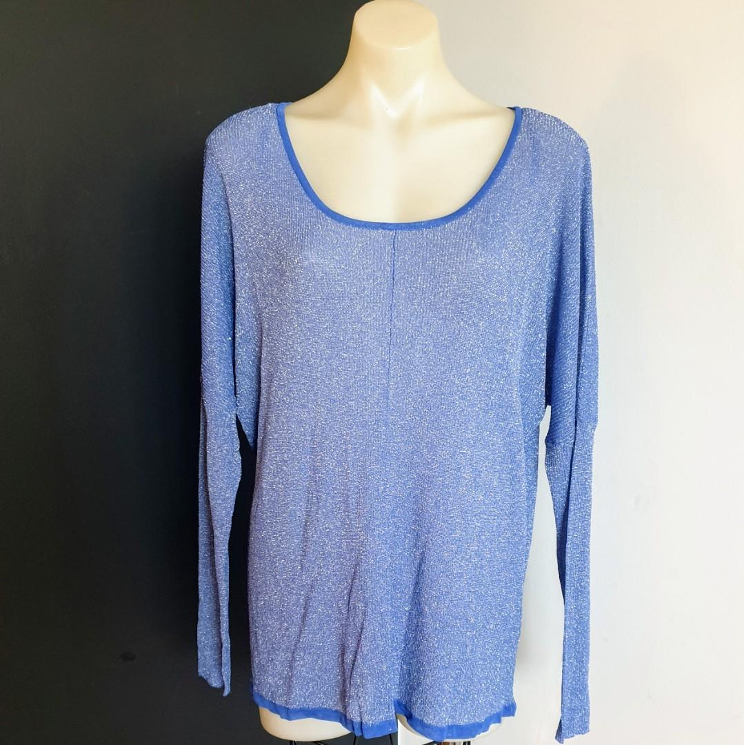 Women's size L 'THURLEY' Gorgeous sparkly blue long sleeve relaxed fit jumper - AS NEW
