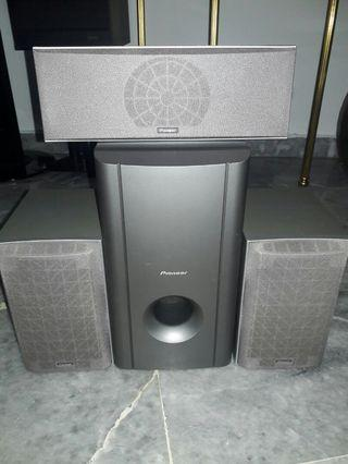 Pioneer Hometheatre Speakers