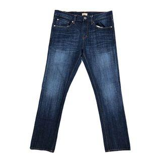 Gap Slim Fit Tapered in Blue Wash
