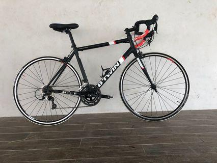 Btwin Triban 500 Road bike