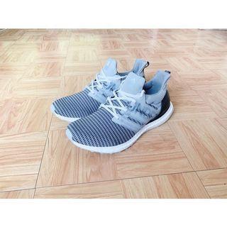 🚚 (限時降價)Adidas x undefeated ultra boost 限量聯名 運動鞋