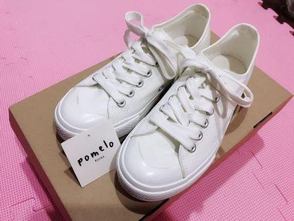 小白鞋 尺寸23公分