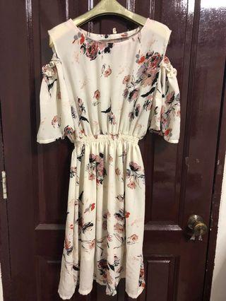 BN Off Shoulder Floral Dress UK18 UK20