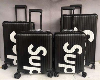 Luggage supreme rimowa