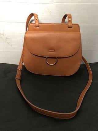 Betts sling bag mini kulit sintesis coklat semi kulit