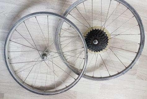 "Original Tern B7 folding bike 20"" 406 wheelset with 7 speed freewheel."