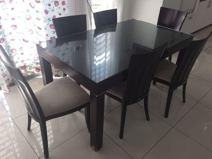 Lorenzo Dining Table 6 seaters