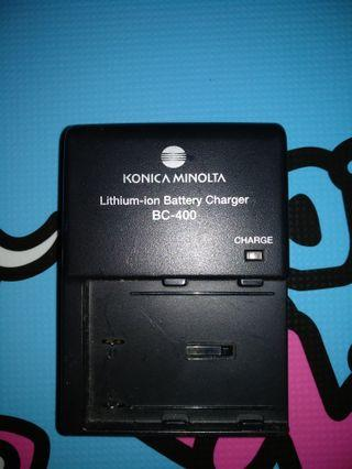 Konica Minolta BC 400 Lithium Battery Charger