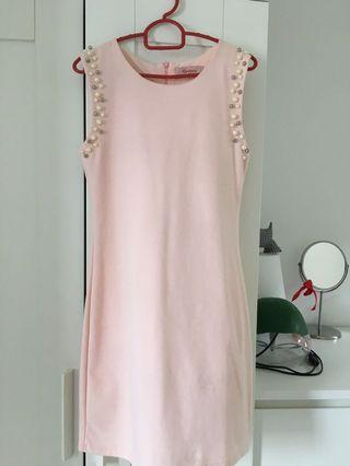 Light Pink sleeveless Dress with pearl