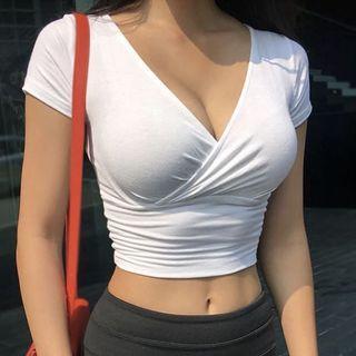 🚚 全新 歐美顯瘦交叉V領上衣