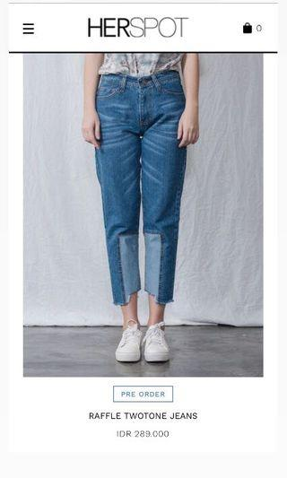 Raffle twotone jeans by HERSPOT