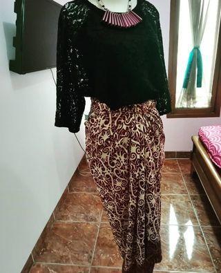 1set blouse brukat & kain batik