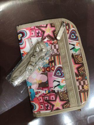Sling wallet Lesportsac
