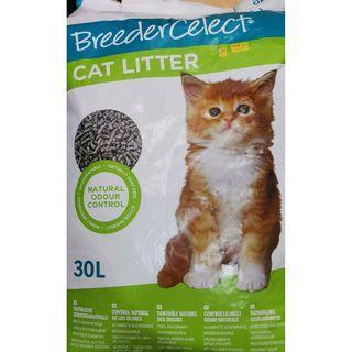 Breeder Celect Cat Litter - 30L