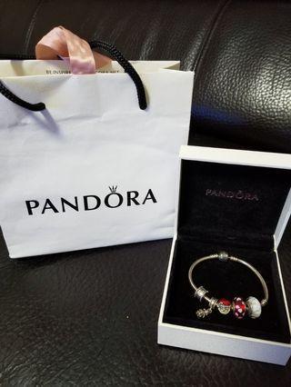 Pandora 手鏈 + 吊飾
