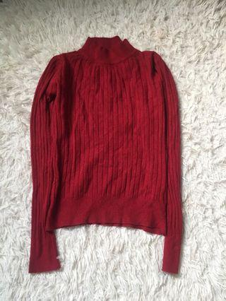 Red turtle neck knitted top