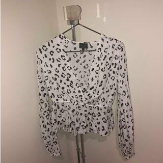 Bardot Leopard Print Long Sleeve Blouse Size 6 Black and White