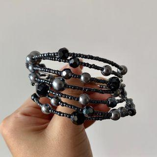 Blue beaded bracelet 手鍊