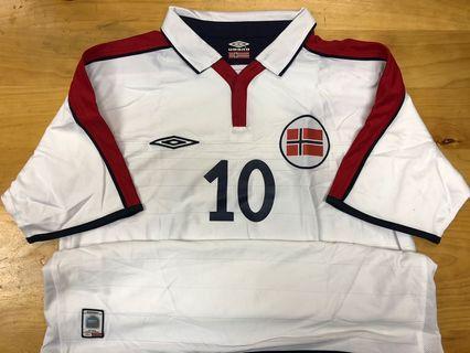 曼聯蘇斯克查挪威國家隊主場10號短䄂大碼