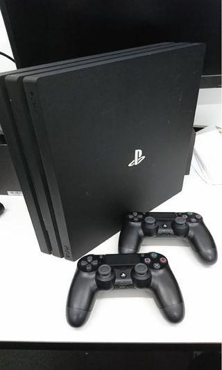 Playstation 4 PS4 Pro 1TB