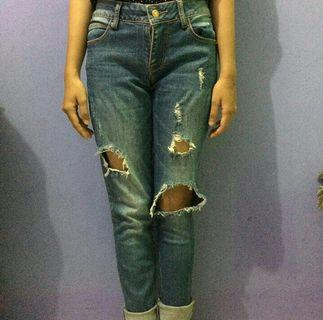 Ripped Jeans pull and bear