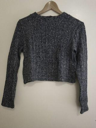 Mock neck cropped knit