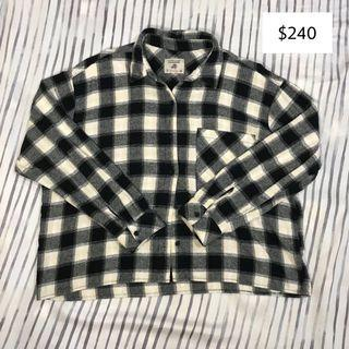 🚚 Pull&Bear 黑白格紋襯衫