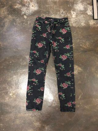 [PL] Monki High Relaxed Floral Jeans