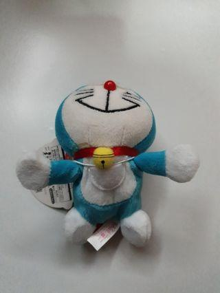 doraemon with magnetic hands
