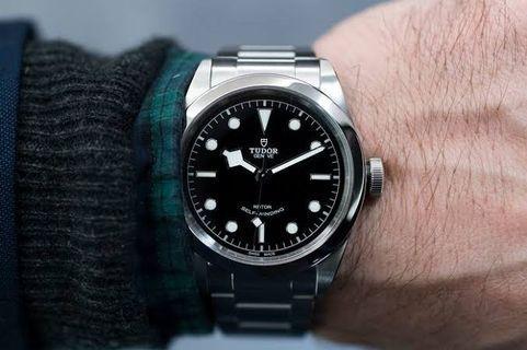 Jam Tangan Tudor Heritage Black Bay