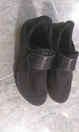 Nike Sock Dart-All black