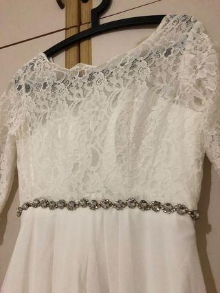 White Lace & Chiffon Long Gown