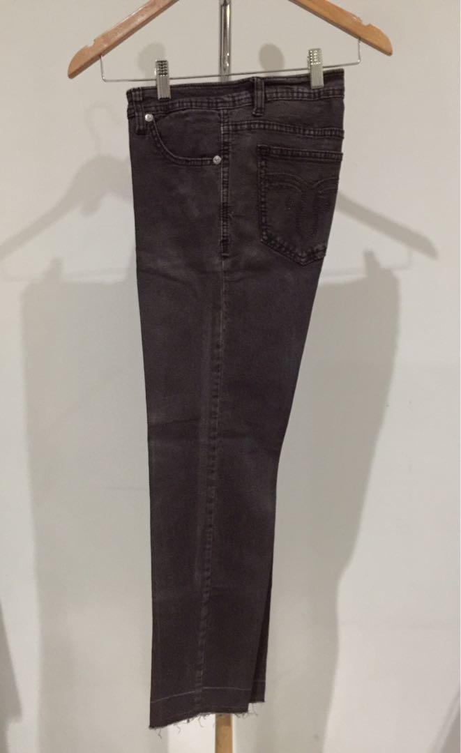 Celana Denim Coklat Lingkar Pinggang 80cm