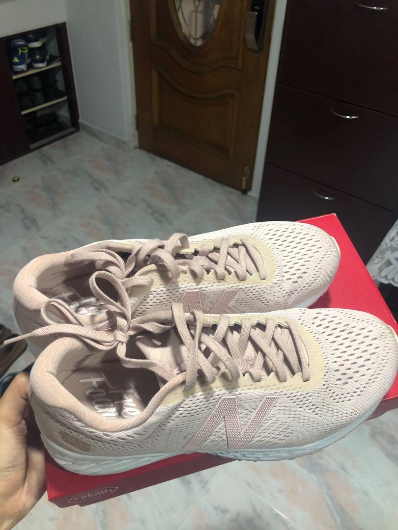 super popular 0c05a fc1ec New Balance Neutral Running shoes (Dust Pink)