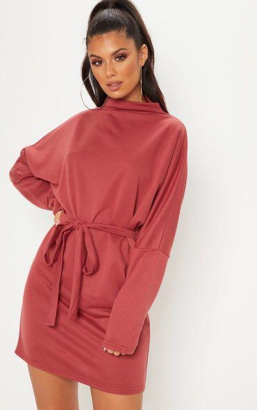 Pretty Little Thing - Oversized Funnel Neck Jumper Dress