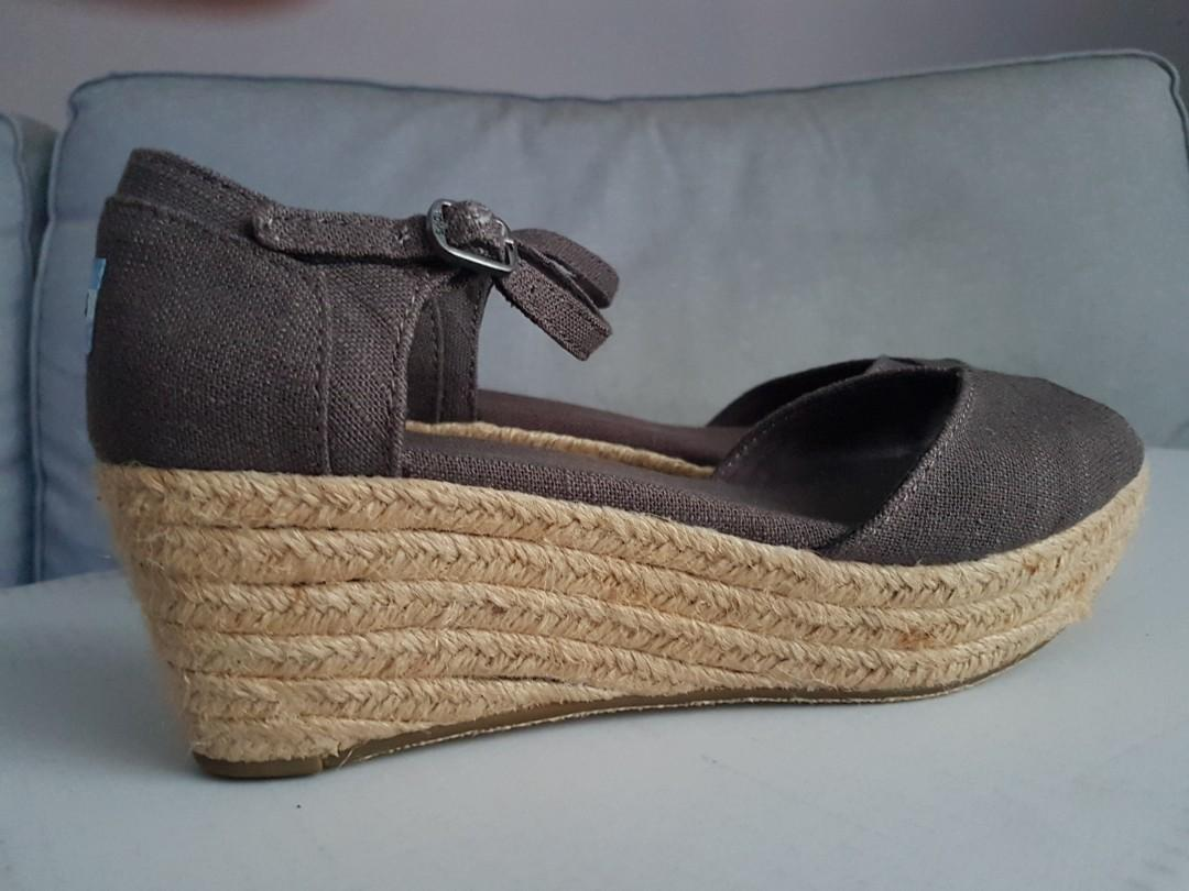 TOMS Brand New Canvas Platform Wedge Sandals in Ash Colour
