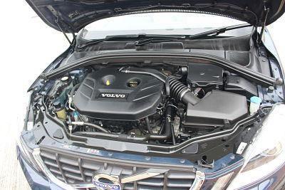 VOLVO XC60 T5 2013