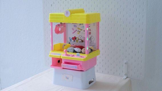 BTS Mini arcade machine