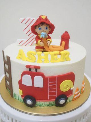 🚚 Fireman cake