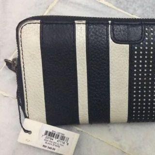 Fossil Clutch For Women