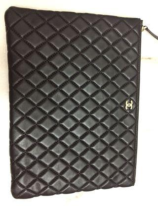 Chanel O Case Large (Not authentic)