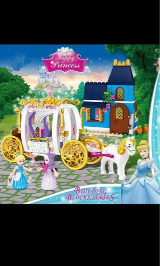 🚚 Princess Cinderella castle blocks with horse carriage