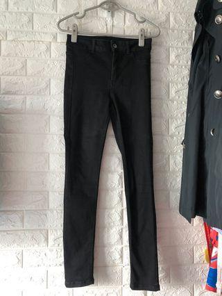 99%新黑色超彈性顯瘦牛仔褲