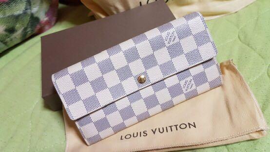 Louis Vuitton Emilie Azur Wallet